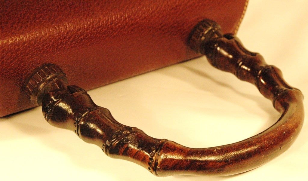 Rare Vintage1960s  Gucci Wooden Handle Bordeaux Leather Multi Compartment Handbag image 5