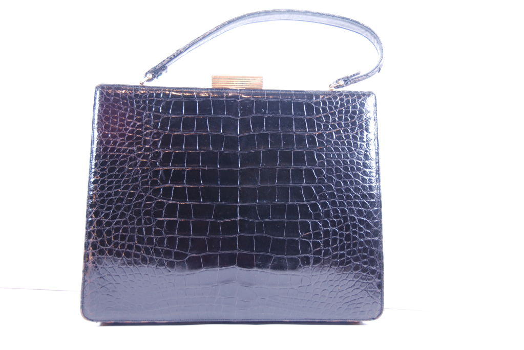 1960's Black Alligator Lucille of Paris Handbag image 9