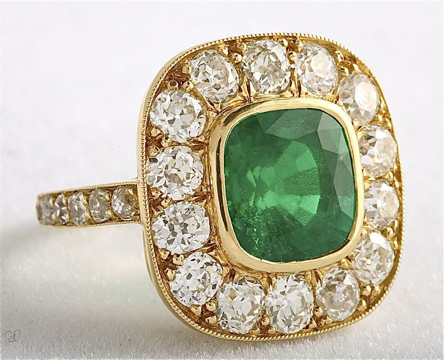 classic antique emerald cluster ring at 1stdibs