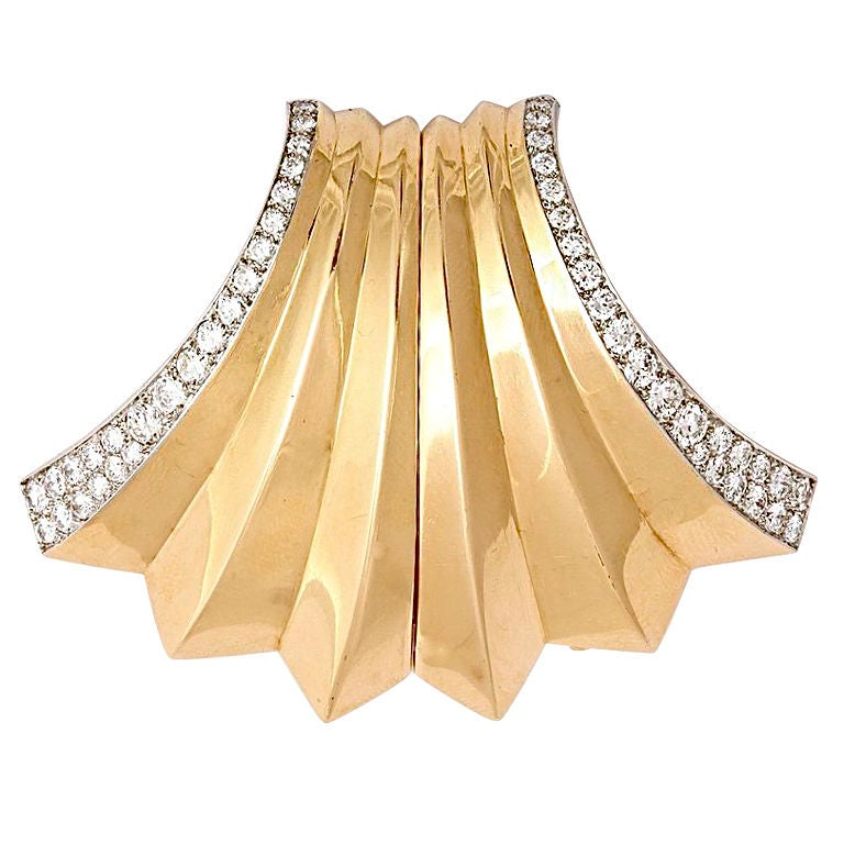 Boucheron Retro Diamond Gold Double Clip Pin At 1stdibs