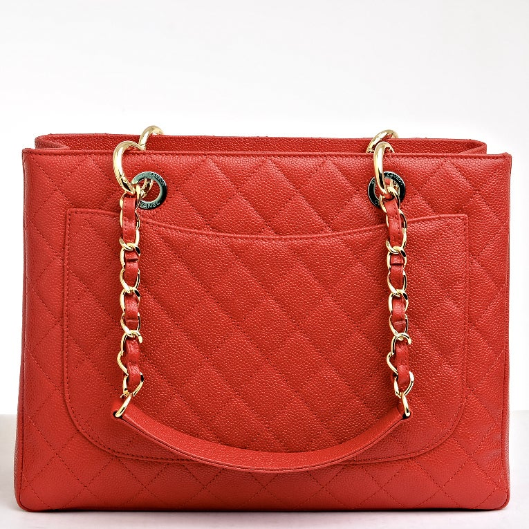 Chanel Red Quilted Caviar Grand Shopper Tote (GST) Bag with Gold Hardware image 4