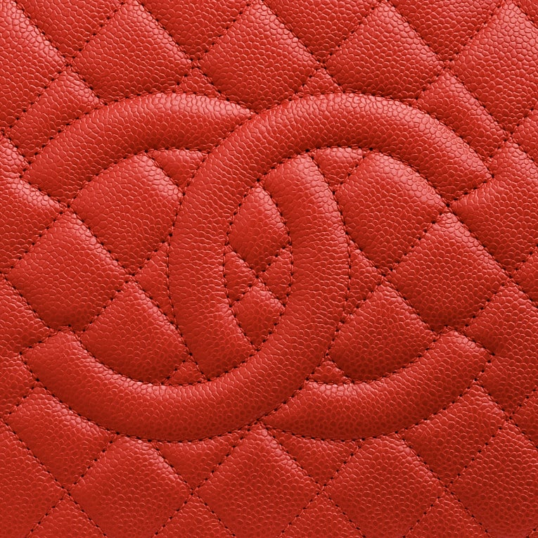 Chanel Red Quilted Caviar Grand Shopper Tote (GST) Bag with Gold Hardware image 7