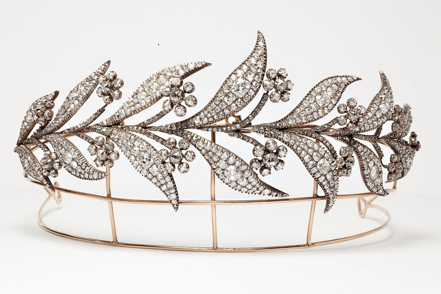 The Downton Abbey Georgian Diamond Floral Tiara worn by Lady Mary on her wedding day to Matthew Crawley In Excellent Condition For Sale In London, GB