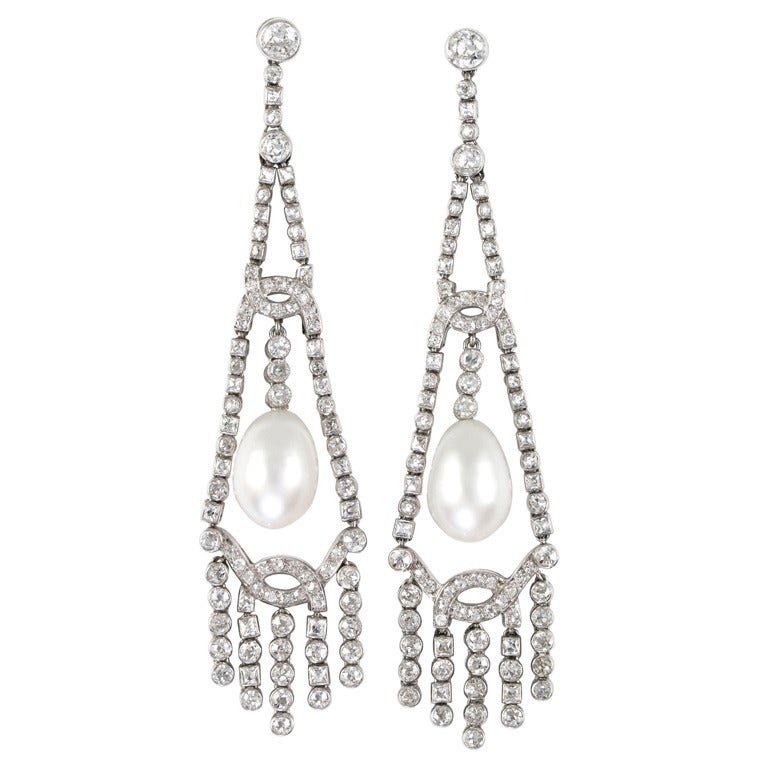 1920s Art Deco Natural Pearl Diamond Chandelier Platinum Earrings