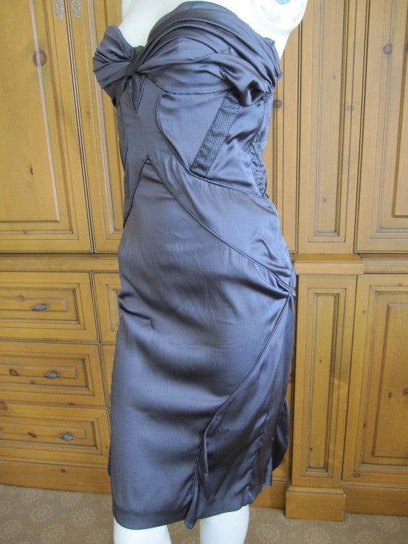 """Gucci by Tom Ford purple/gray silk dress with sexy  back This is an incredibly sexy dress, the photos don't do it justice. Bust 35"""" Waist 32"""" Hips 39"""" Length 37"""""""
