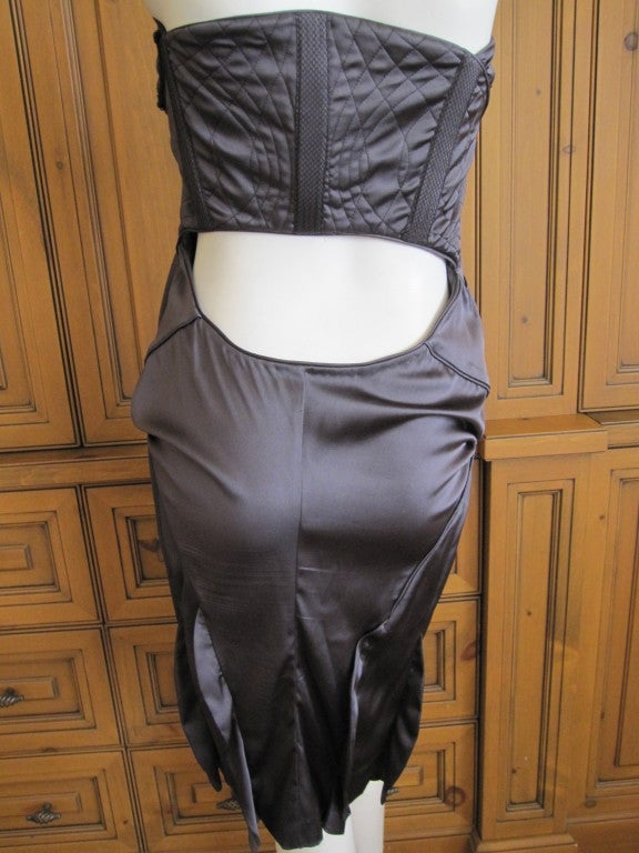Women's Gucci by Tom Ford gray silk dress with sexy  back sz 44 For Sale
