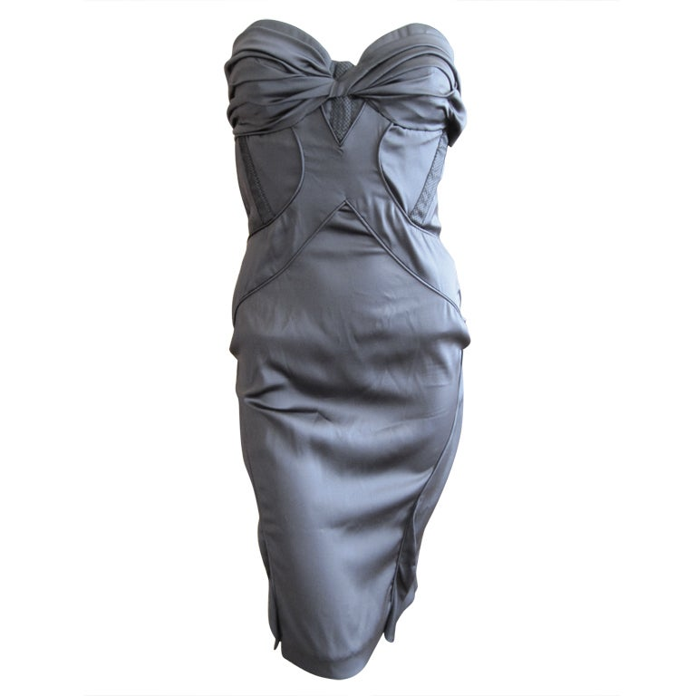 Gucci by Tom Ford gray silk dress with sexy  back sz 44 For Sale