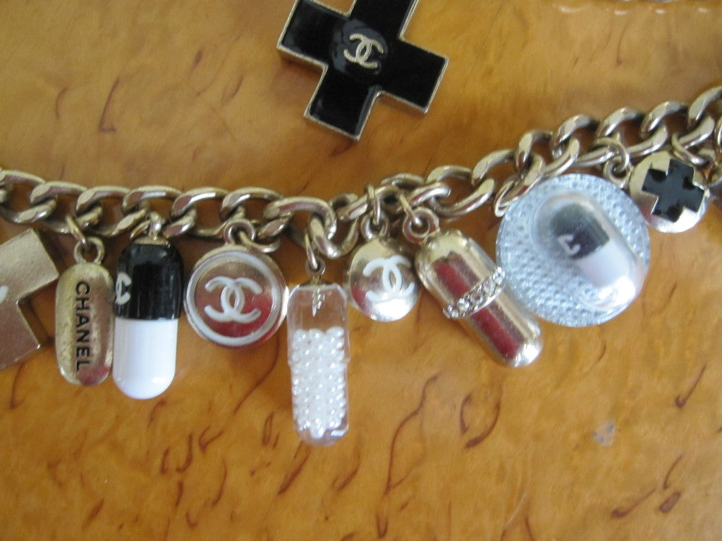 Chanel Impossible to find PILL necklace 2007 7