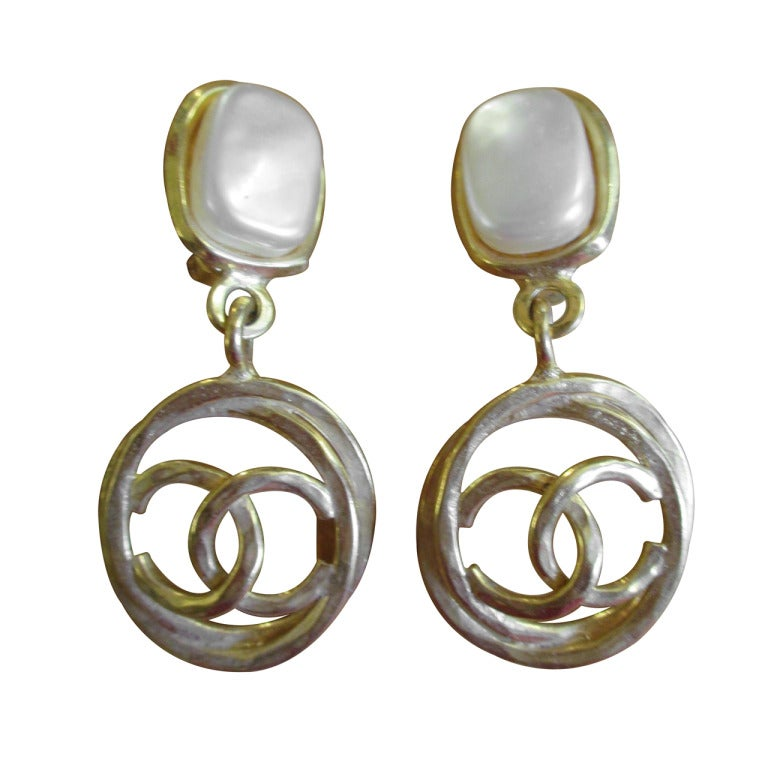 chanel cc drop pearl clip earrings at 1stdibs