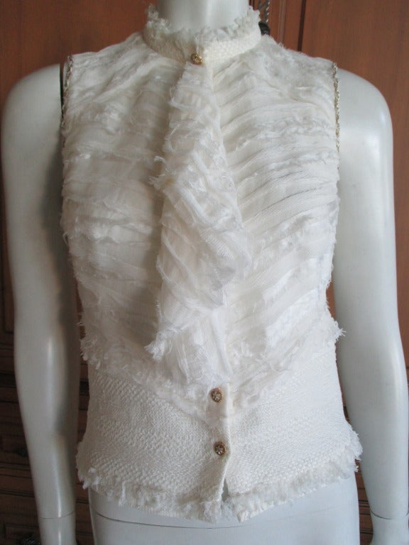 Chanel ivory elaborate embellished silk vest and jacket set In Excellent Condition For Sale In San Francisco, CA