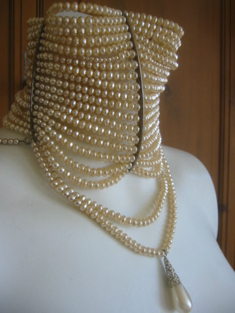 Christian Dior Spring 2007 Couture Masai Pearl Necklace For Sale 1