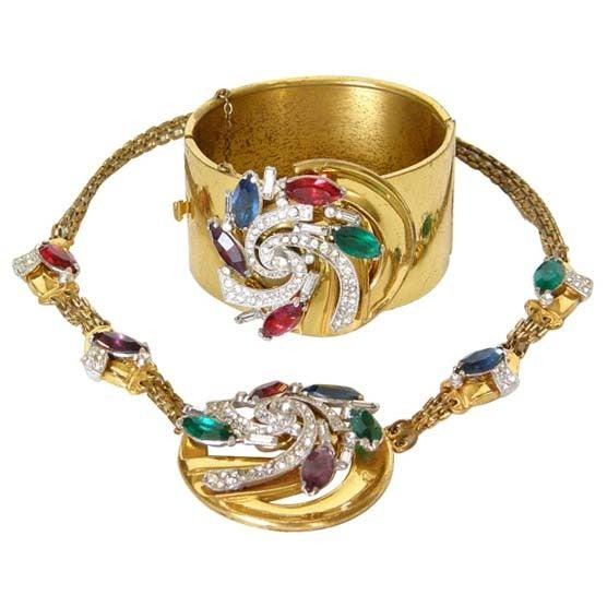 McClelland Barclay Art Deco Necklace and Bracelet Set 1