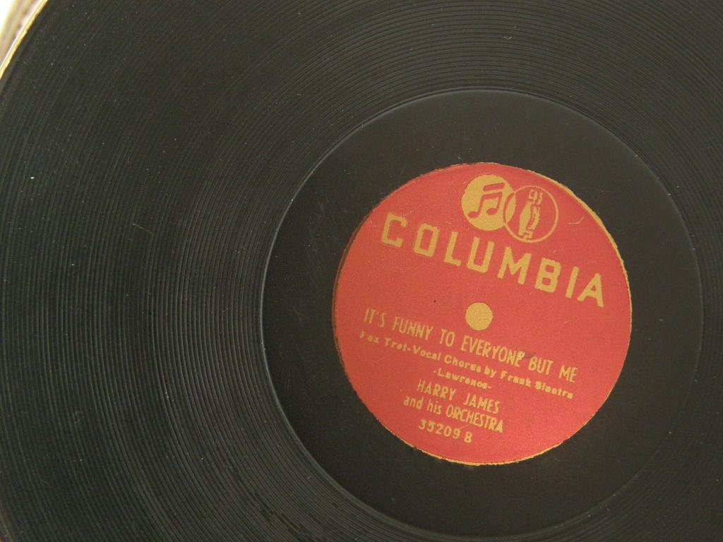 Columbia Record Album Compact 4