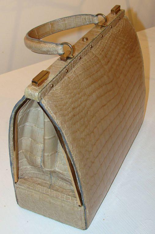 large taupe crocodile sac mallette at 1stdibs. Black Bedroom Furniture Sets. Home Design Ideas