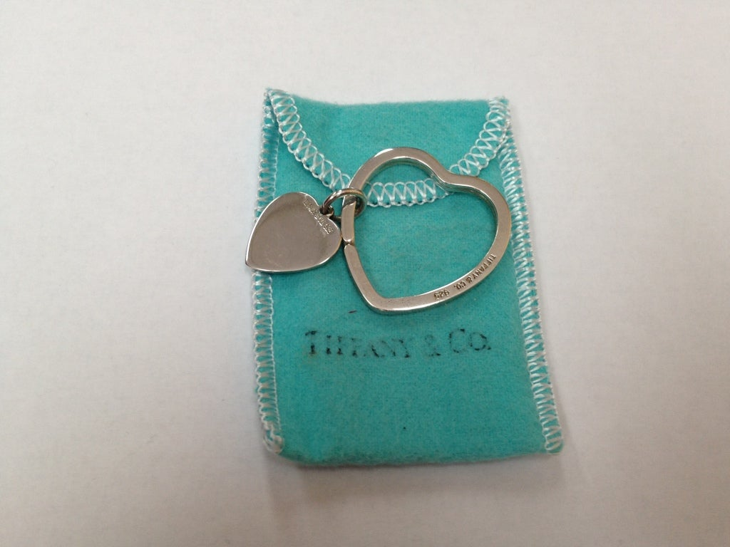 Jewelry More Jewelry Watches More Jewelry Tiffany Co Sterling Silver Heart Key Chain Id V 138372 Tiffany Sterling Silver Key Chain