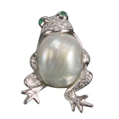 South Sea Pearl Diamond Gold Frog Brooch Pin Estate Fine Jewelry