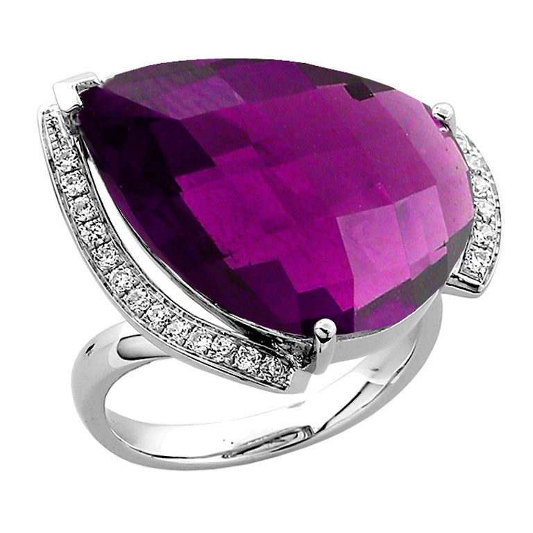 Teardrop Amethyst Diamond Gold Ring For Sale at 1stdibs