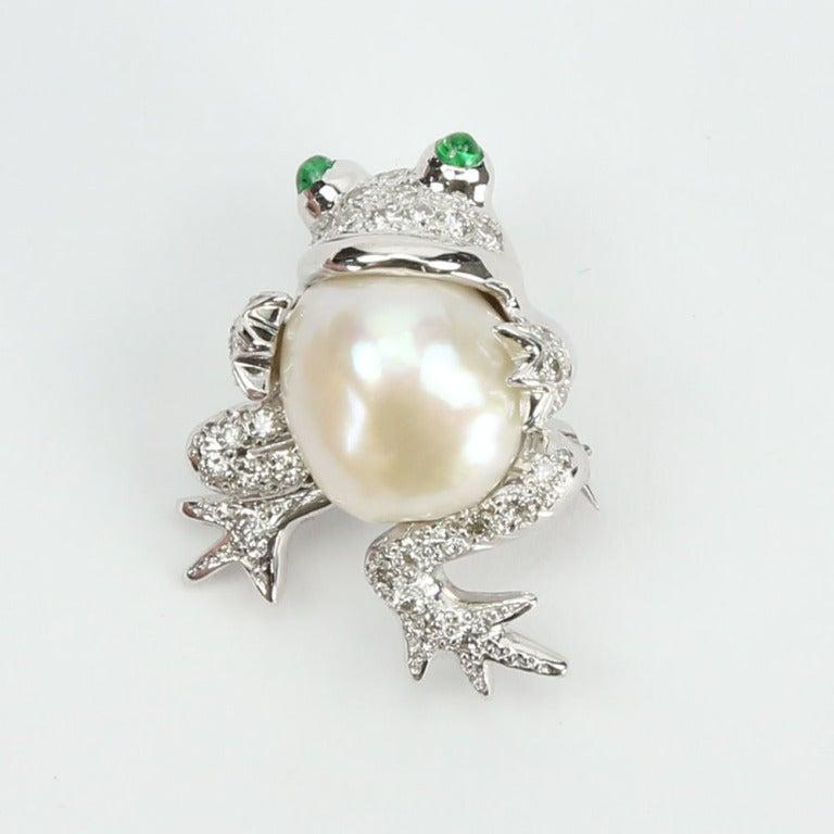 Beautiful Pair of South Sea Pearl Diamond Frog Brooch Pins 2