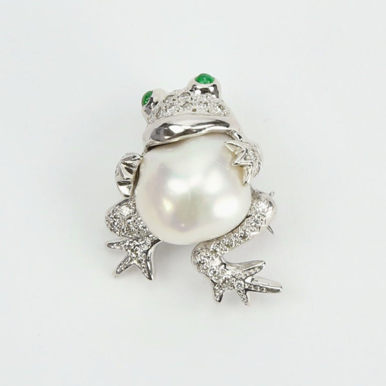 Modernist Beautiful Pair of South Sea Pearl Diamond Frog Brooch Pins For Sale