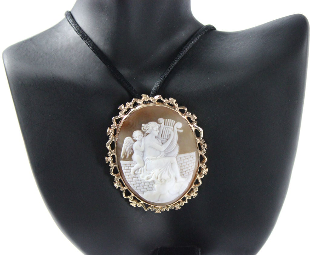 Victorian Shell Cameo Leather Cuff Bracelet/Pendant image 2
