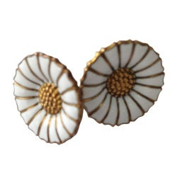 Georg Jensen DAISY Pr. Gilt S/S Earrings White Enamel Petals