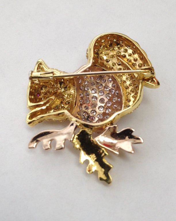 Beautiful Two-tone Rose & Yellow 18K Natural Fancy Pink and Yellow fully encrusted Diamond  Squirrel Estate Pin Brooch
