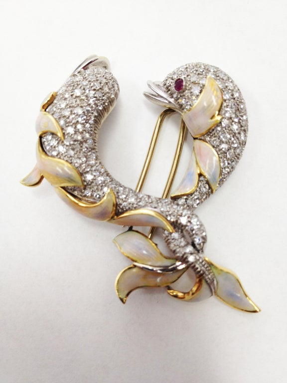 Diamond Enamel Gold Dolphin Statement Pin Brooch In Excellent Condition For Sale In Montreal, QC