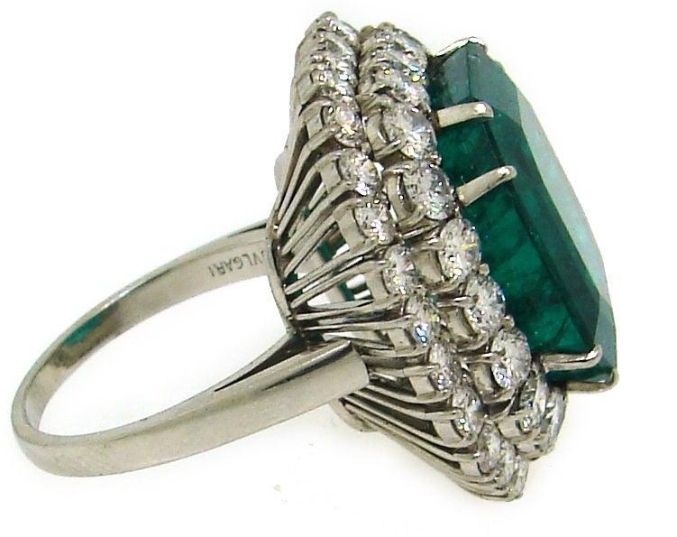 BULGARI 16.15 carats Emerald and Diamond Ring 5