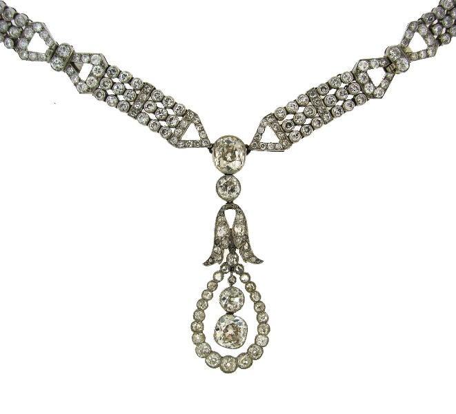 Women's Art Deco Diamond & Platinum Necklace/Choker/Bracelets & Earrings For Sale