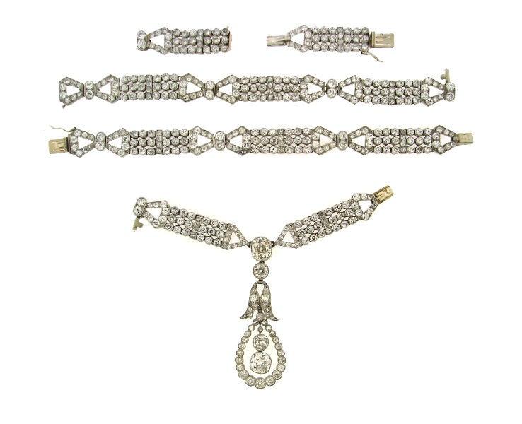 Art Deco Diamond & Platinum Necklace/Choker/Bracelets & Earrings 6