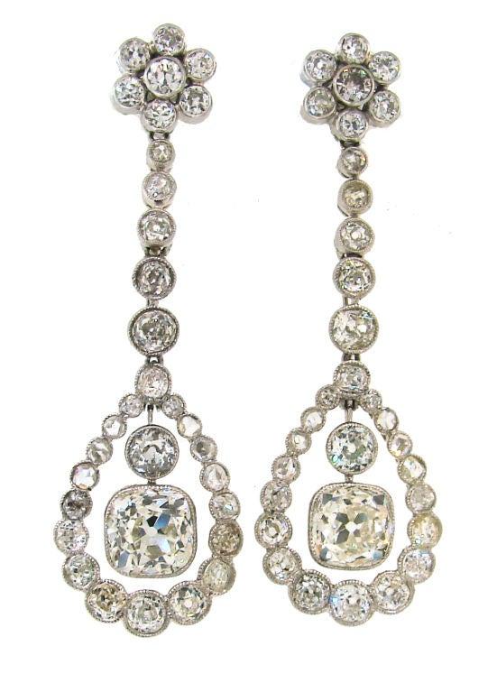 Art Deco Diamond & Platinum Necklace/Choker/Bracelets & Earrings For Sale 3