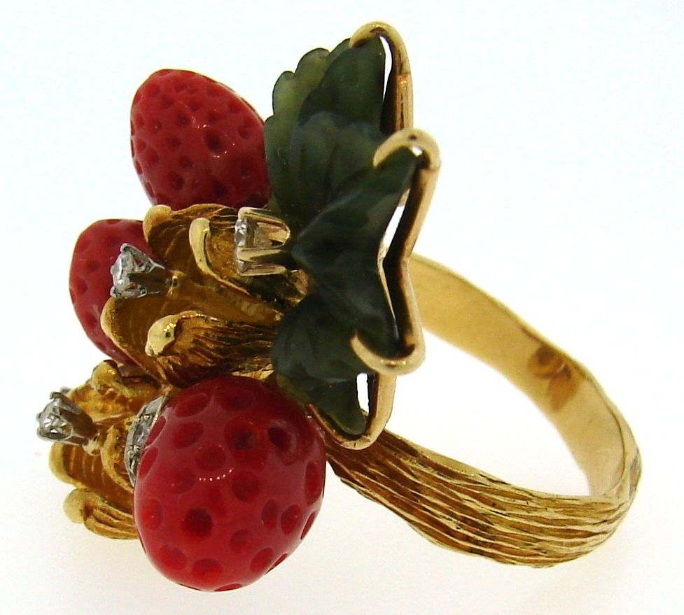 HENRY DUNAY Coral, Jade & Yellow Gold Wild Strawberry Ring image 5