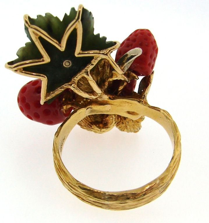 HENRY DUNAY Coral, Jade & Yellow Gold Wild Strawberry Ring image 6