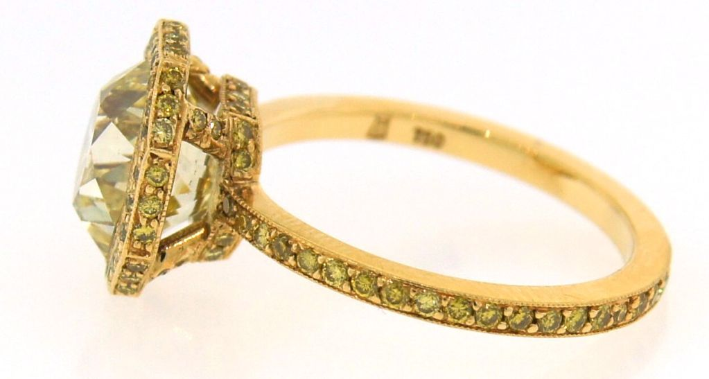 3.10 cts Light Fancy Yellow Diamond Engagement Ring For Sale 3