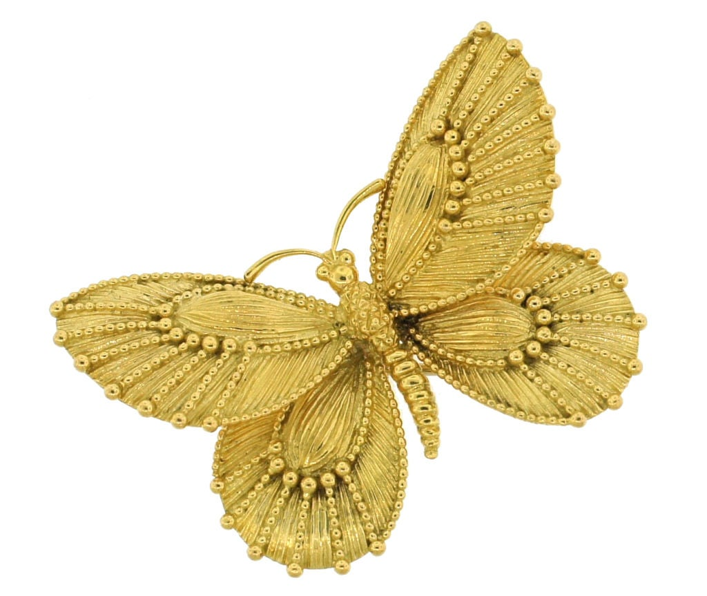 VAN CLEEF & ARPELS Yellow Gold Butterfly Pin 2