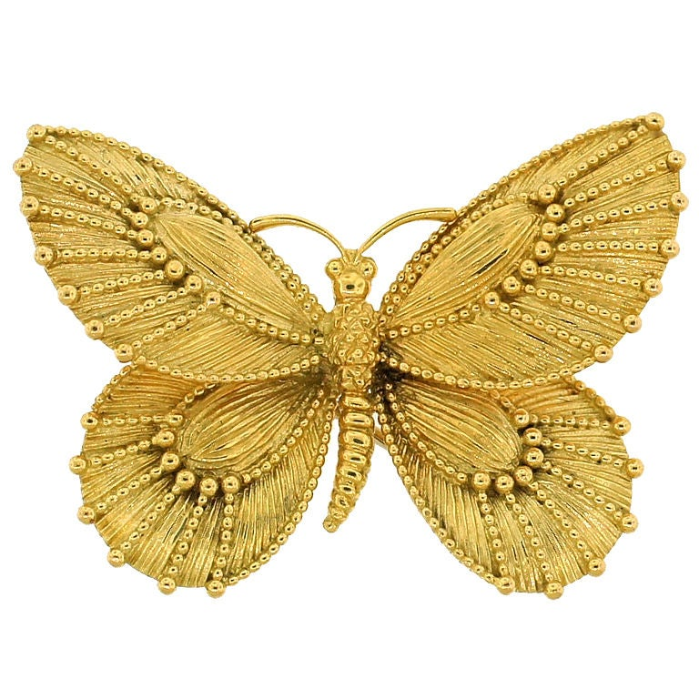 VAN CLEEF and ARPELS Yellow Gold Butterfly Pin at 1stdibs