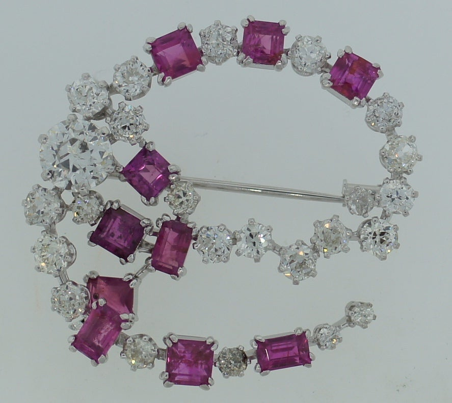 HERMES Diamond and Pink Sapphire Brooch 1950's image 3