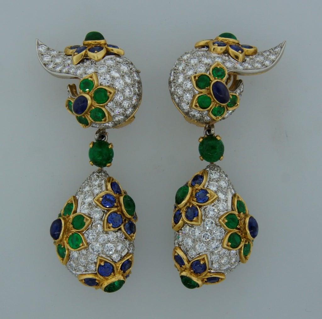 Diamond, Sapphire, Emerald & Yellow Gold Earrings & Brooch Set 3