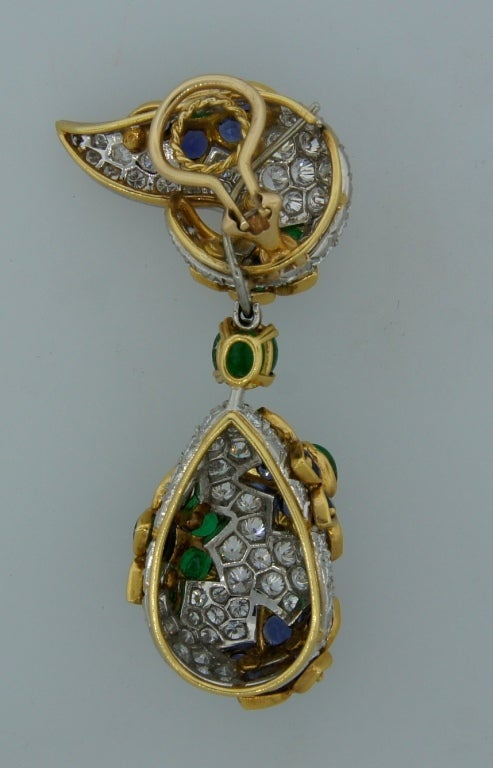 Diamond, Sapphire, Emerald & Yellow Gold Earrings & Brooch Set 7