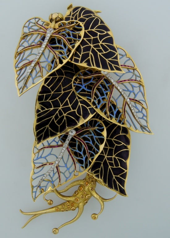 Remarkable French Belle Epoque Movable Enamel Leaves Flower Pin For Sale 6