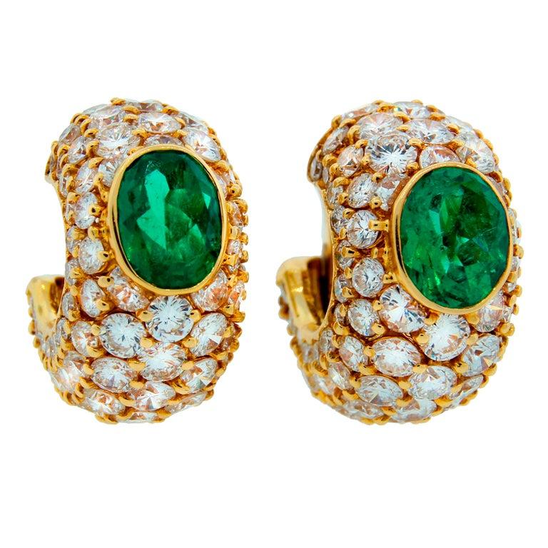 BULGARI Emerald Diamond Yellow Gold Hoop Earrings