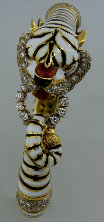 FRASCAROLO Diamond Enamel & Yellow Gold Tiger Bangle Bracelet For Sale 2