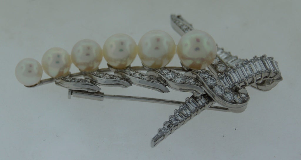 CARTIER Pearl Diamond & Platinum Brooch For Sale 2