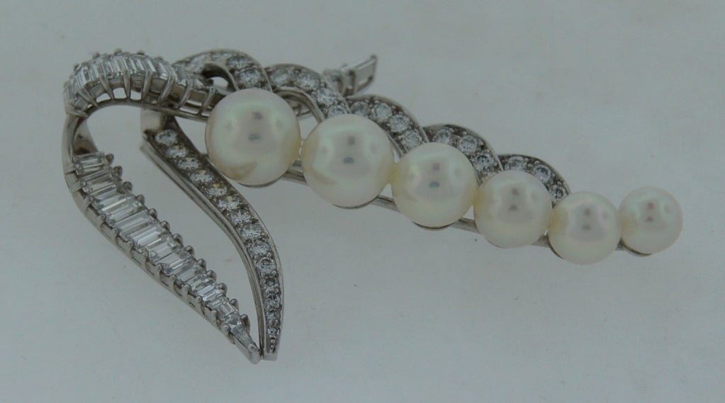 CARTIER Pearl Diamond & Platinum Brooch For Sale 3