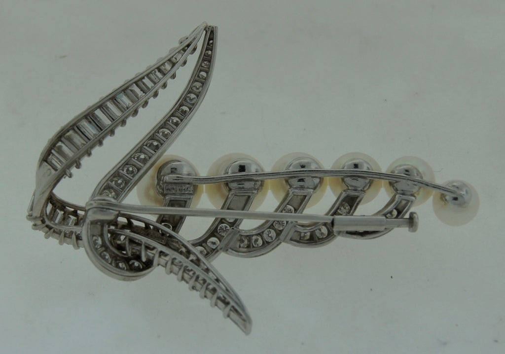 CARTIER Pearl Diamond & Platinum Brooch For Sale 4