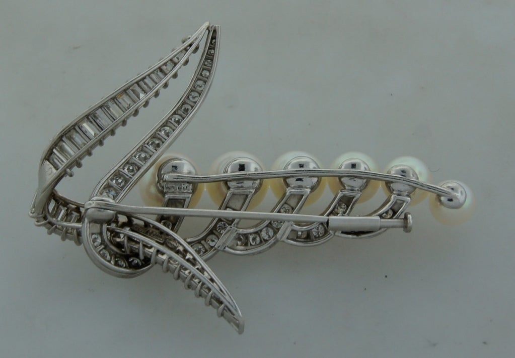 CARTIER Pearl Diamond & Platinum Brooch For Sale 5