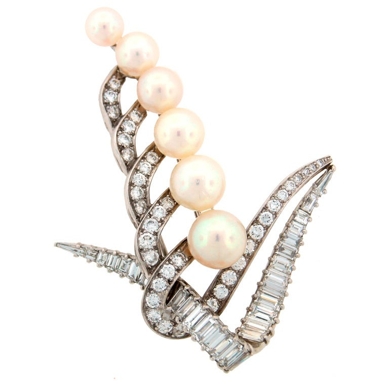 CARTIER Pearl Diamond & Platinum Brooch For Sale