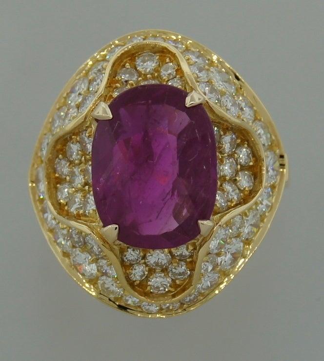 3.96-ct Burmese Ruby (Gubelin Lab Cert) Diamond Yellow Gold Ring image 3