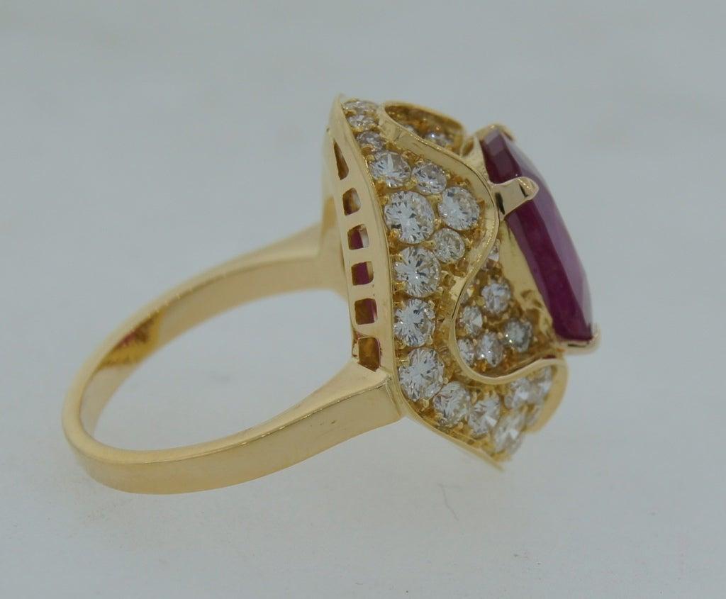 3.96-ct Burmese Ruby (Gubelin Lab Cert) Diamond Yellow Gold Ring image 4