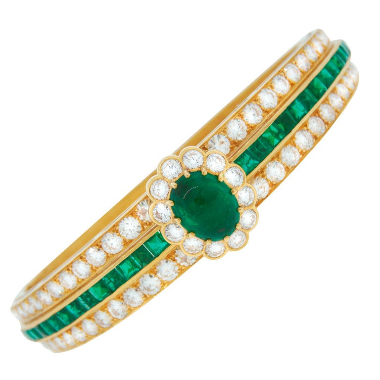 Van Cleef & Arpels Emerald Diamond Yellow Gold Bangle Bracelet VCA 1980s